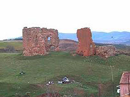 Ruinas de la ermita del Apóstol Santiago (Trescasas)