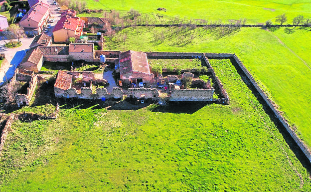 Ruinas en Trescasas.